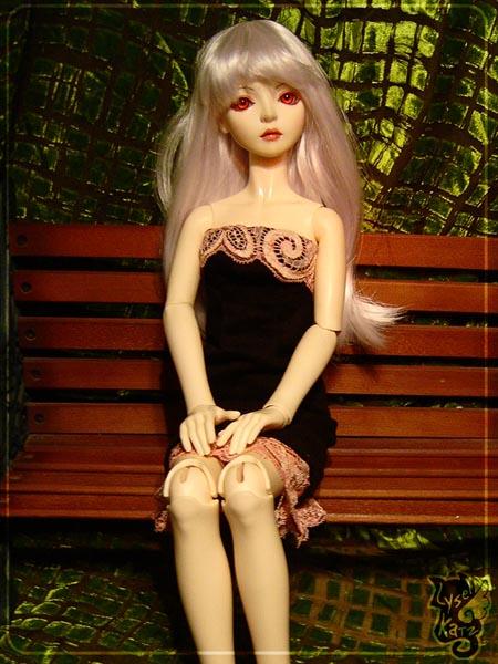 Lysel Katz sewing box > manteau acidulé & flashy p8 - Page 3 LyselSb_camelia-pinklacedress07s