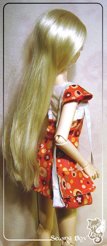 Lysel Katz sewing box > manteau acidulé & flashy p8 - Page 3 LyselSb_camelia-pop103
