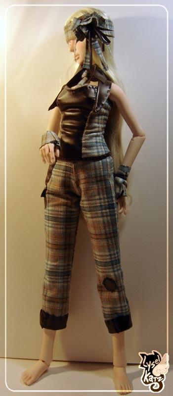 Lysel Katz sewing box > manteau acidulé & flashy p8 LyselSb_camelia-tartan103s